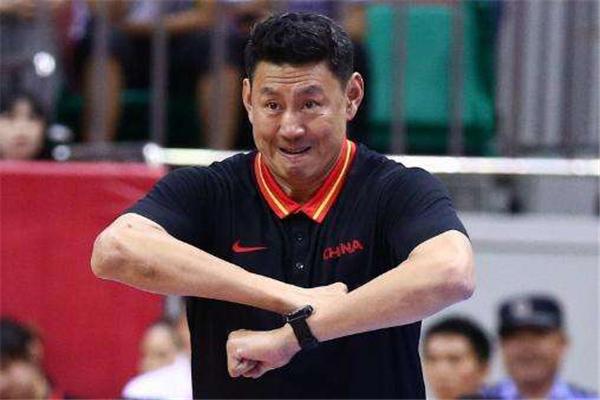 李楠申请辞去国家队主教练职务 正等待体育总局批复