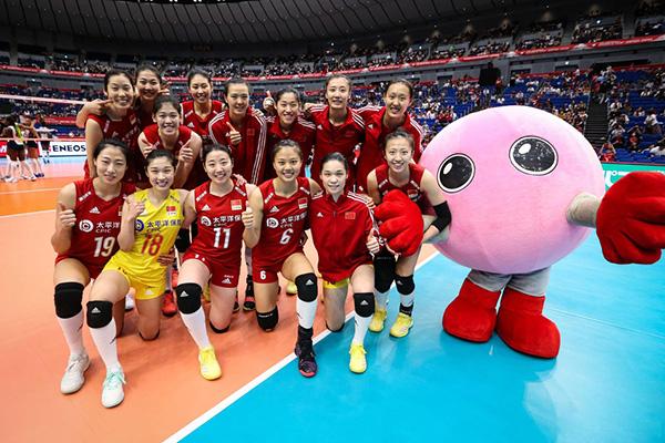 世界杯中國女排4連勝穩居榜首 中國女排3-0橫掃多米尼加女排