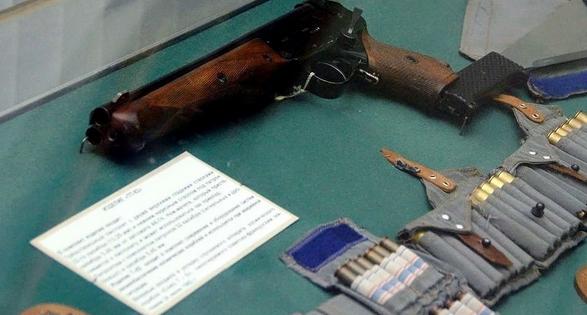 手枪将重新成为宇航员装备,宇航员返航后同样面临各种危险