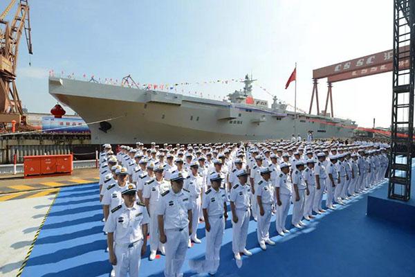 台湾对大陆海军首艘075型两栖攻击舰下水发表看法:不会让它过来