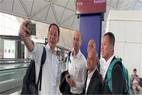 """香港""""光头警长""""赴京,香港光头警长,香港光头警长心愿单"""