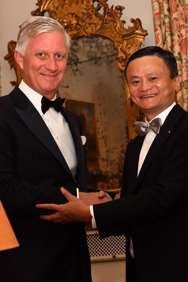马云被授予皇冠勋章,比利时国王亲自授予马云皇冠勋章,比利时皇冠勋章