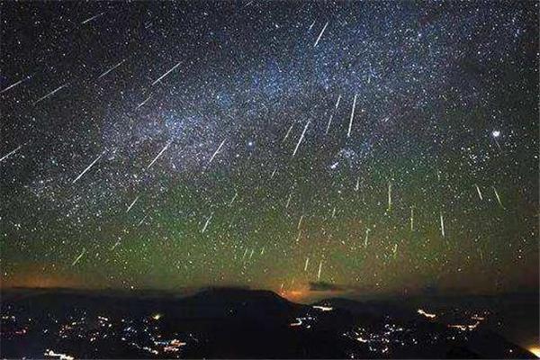 多场流星雨将至,流星雨,10月流星雨,流星雨是怎么形成的