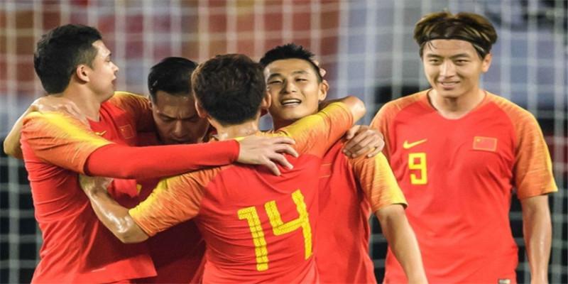国足7-0关岛 国足世界杯预选赛两连胜,杨旭大四喜武磊单刀破门