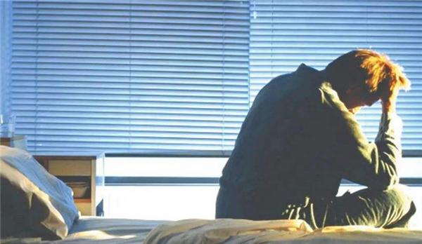 睡太多增痴呆风险,到底睡多久才能不影响健?#30340;兀? title=