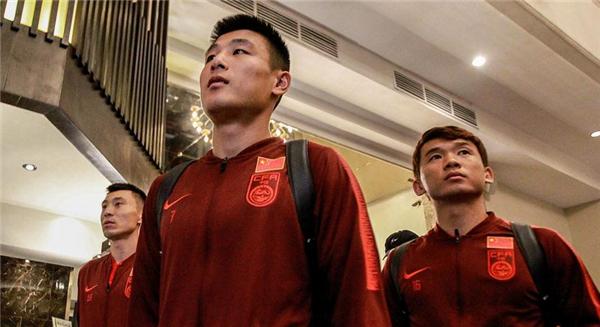 國足抵達世預賽比賽地巴科洛德,迎戰菲律賓球員心態良好