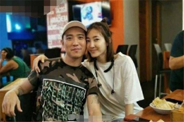 王丽坤被网曝与相恋数月富商闪婚 发文回应既未承认也未否认