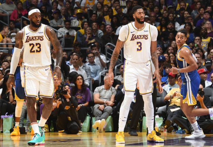 NBA季前赛湖人126-93大胜勇士 詹皇18分11助攻4篮板