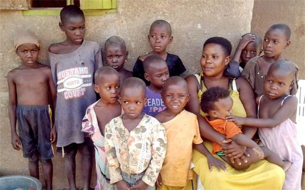 36岁生下44个孩子,女子最终只能选择切除子宫