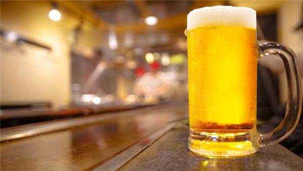 美国男子患酿酒综合征,滴酒未沾却时常醉醺醺