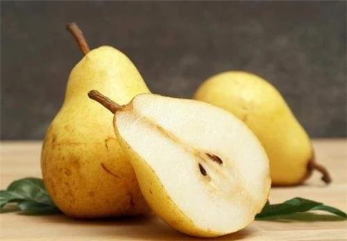 2个梨分给全族900人,900人同食2个梨