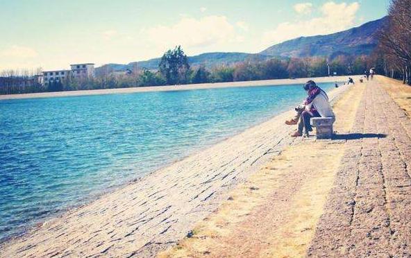 人为什么待在水边会更快乐?大自然环境能带来幸福感