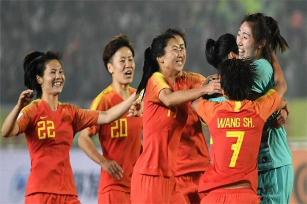 女足击败巴西夺冠,中国女足击败巴西,中国女足击败巴西夺冠,中国女足夺冠