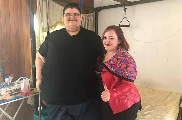 世界上最胖的人减重660斤,体重由1180斤下降至520斤