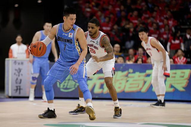 林书豪得分创新高 北京首钢109-86大胜广州男篮队