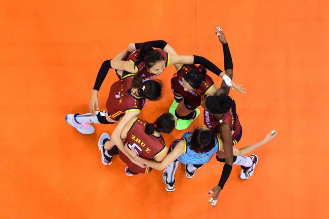 朱婷受伤天津险胜 2019年女排世俱杯B组次轮结束