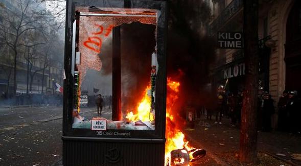 法国爆发大罢工,法国爆发全国大罢工,法国罢工