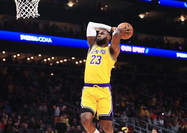 NBA常规赛湖人七连胜 詹姆斯32分13篮板,戴维斯27分13篮板