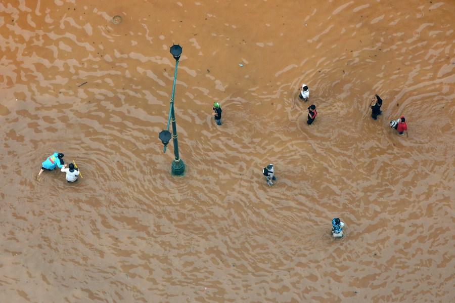 印尼首都出现水灾 首都都能出水灾,这排水系统有多差?