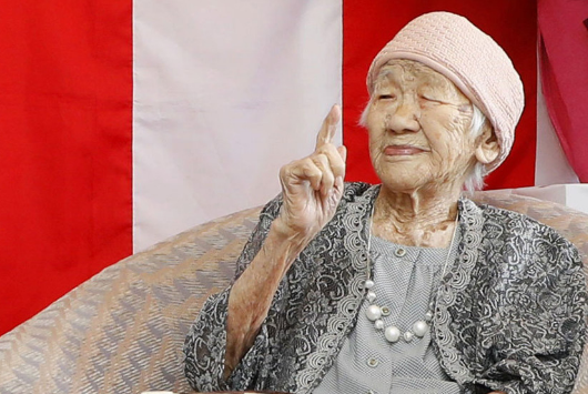世界最长寿老人迎117岁生日,用写作记录下五个时代
