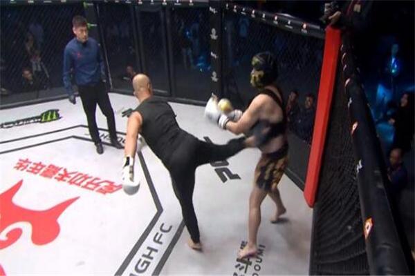 药水哥对战一龙最后谁赢了 药水哥对战一龙被KO了吗