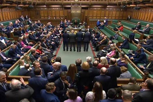 """英议会通过脱欧案议会 这次真的要""""完成脱欧""""了?"""