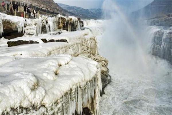 壶口瀑布冰瀑冰雕是什么样的 壶口瀑布冰瀑冰雕形成原因是什么
