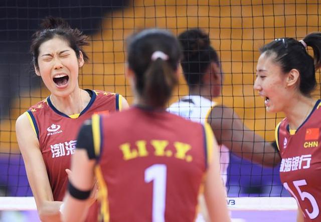 天津女排13连胜夺冠 获得联赛冠军次数第12个