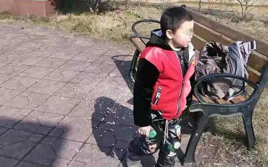 父亲忙着回微信,儿子失踪10天后被发现死亡