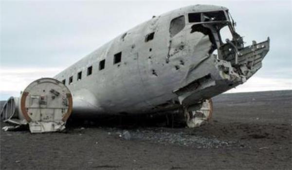 两中国游客冰岛身亡,初步断定因暴风雪被困危险区域