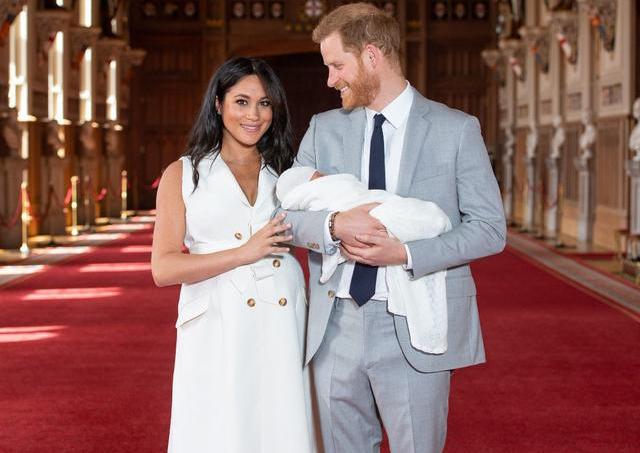 哈里王子退出英国王室是被逼的吗?哈里王子回应退出王室公职