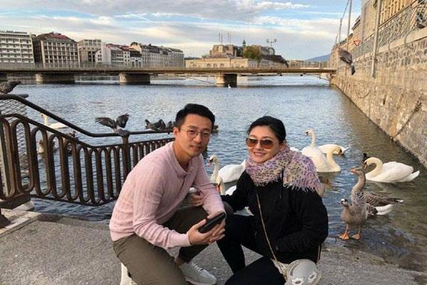 汪小菲回应无薪假事件 否认强迫员工签无薪假