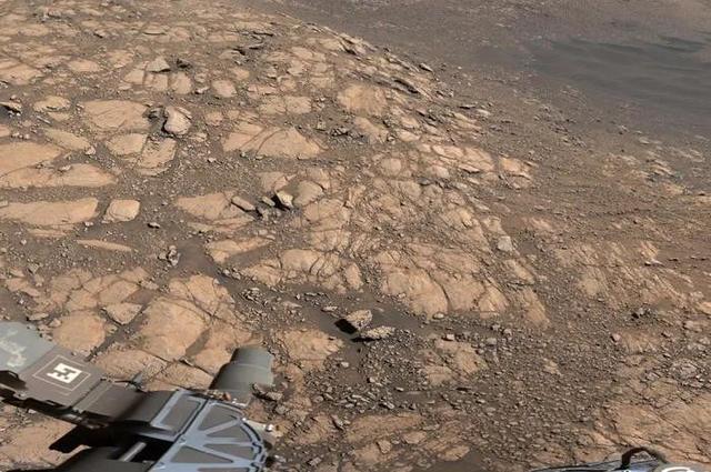 18亿像素火星全景图公布 快来看看火星长什么样子