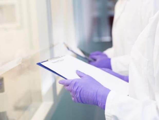 美国单日新增近4000例 累计确诊新冠肺炎病例超过1万3