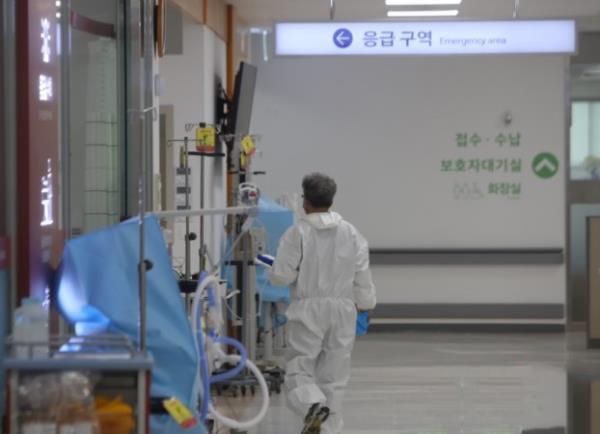 韩国罕见新冠病例,韩国罕见新冠病例:8次检查7次,韩国罕见死亡病例