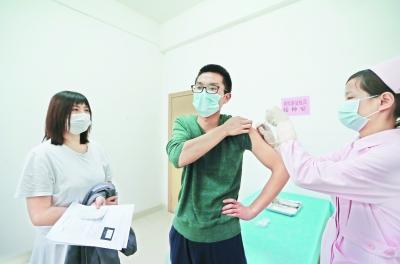 首批新冠疫苗志愿者一期临床试验 已有数十人注射疫苗