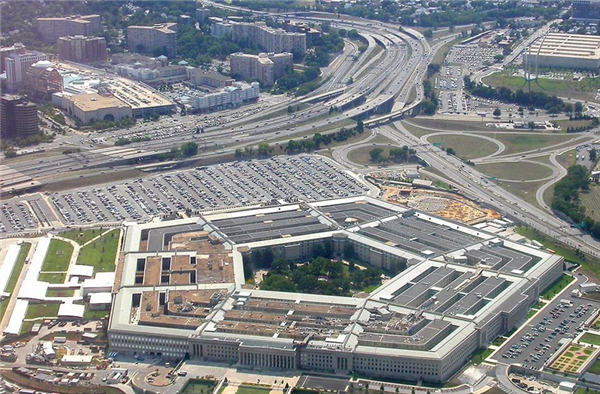 美国国防部军人确诊超百例,五角大楼现首批确诊病例