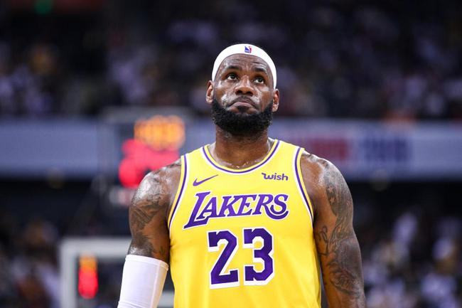 NBA名嘴杰伦罗斯称詹姆斯今年如果不夺冠就再也拿不到总冠军了!