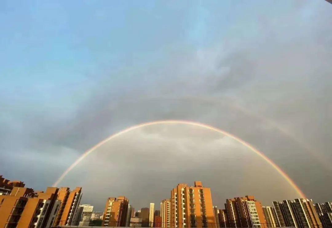 4月19日北京双彩虹意外刷爆朋友圈 双彩虹是怎么形成的?