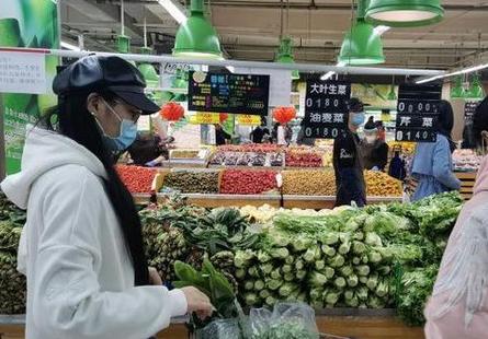 4月份蔬菜水果价格有所下降,猪肉价格暴涨96.9%