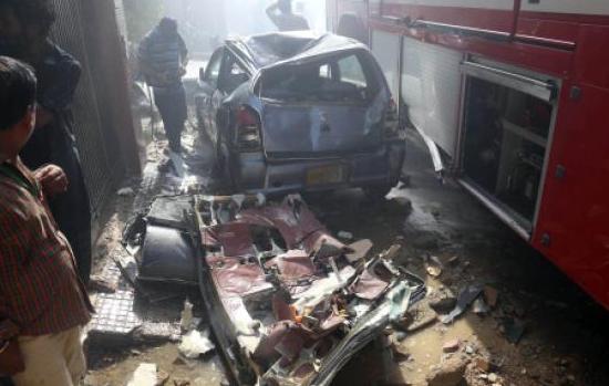 巴基斯坦一飞机坠毁,2名乘客奇迹般生还
