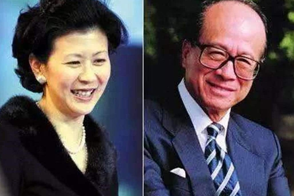 李嘉诚女友近照曝光_身材超正目前59岁依旧没有岁月的痕迹