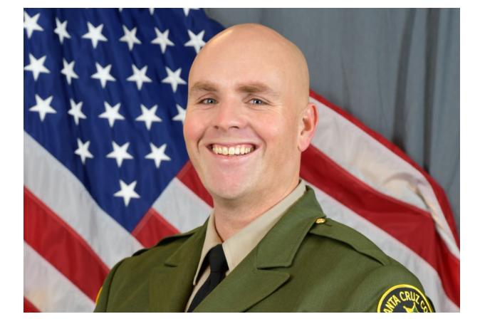美国警察被枪杀 凶手的身份竟是现役空军士官