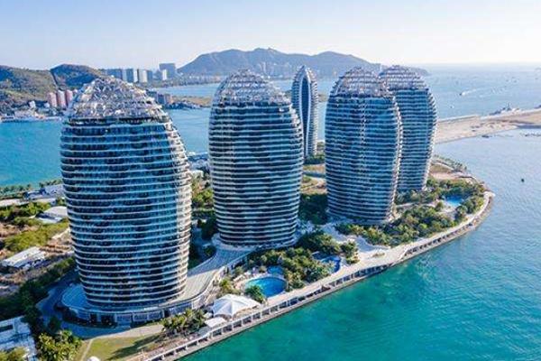 海南自贸港会冲击香港吗_国家发改委称海南自贸港不会冲击香港还会互补
