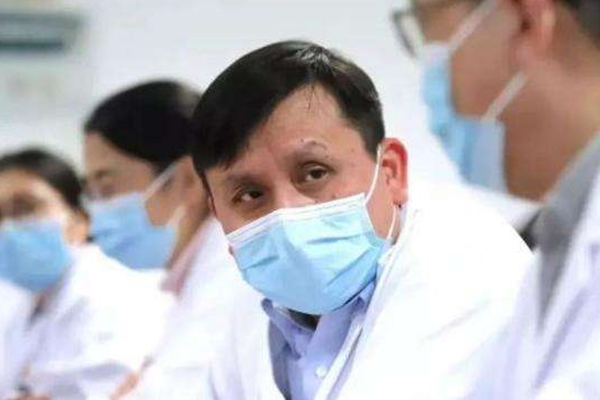 全球累计新冠肺炎确诊病例超697万_引发张文宏医生第二波疫情的担心