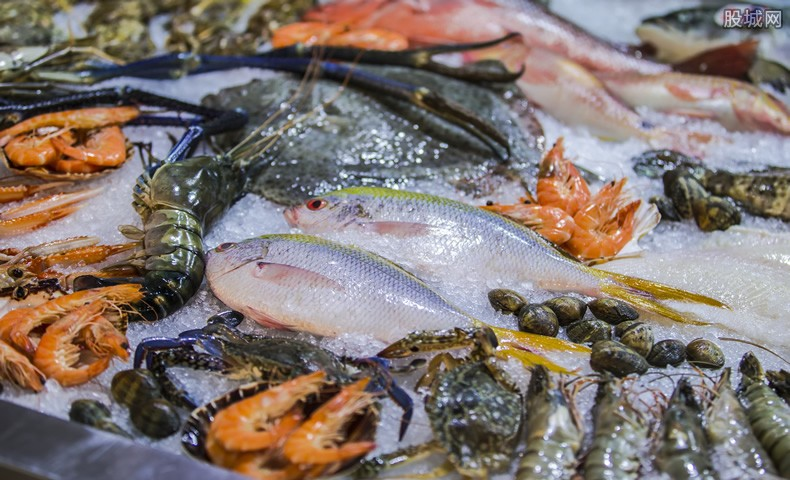 官方辟谣海鲜带新冠病毒 现已开展食用农产品核酸检测
