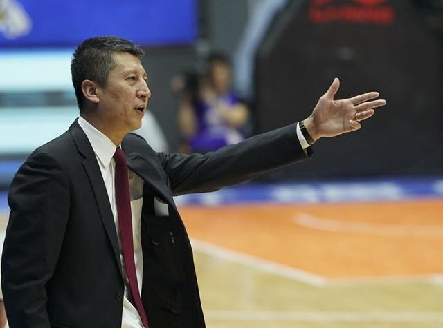 辽宁男篮决定更换主教练 现任主教练郭士强下课