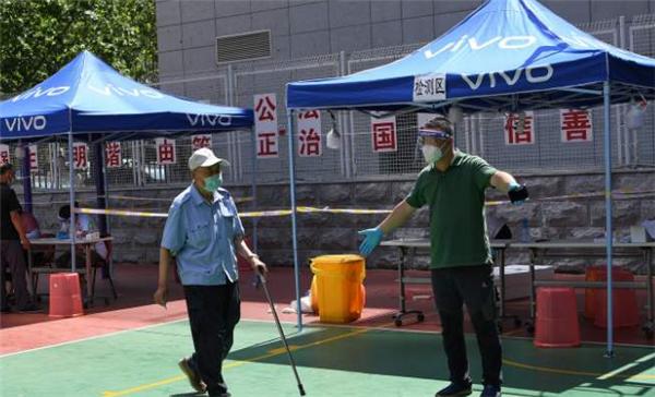 大连输入无症状感染者接触超千人,福州宣布进入战时状态
