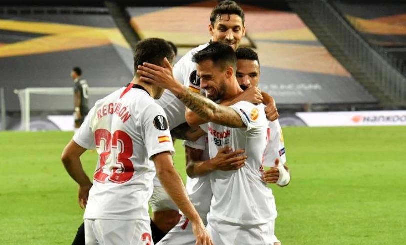 欧联杯半决赛-塞维利亚2-1淘汰曼联 第六次打进决赛