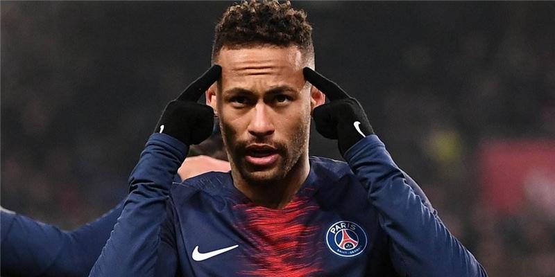 足球巨星内马尔感染新冠,大巴黎已有三名球员确诊